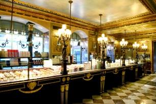 La Boutique Champs Elysées (1)