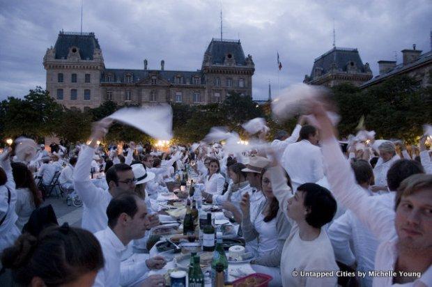 Diner-en-Blanc_Paris_2012-10