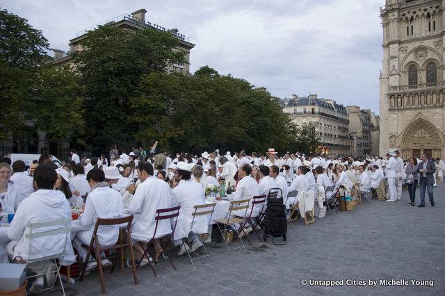 Diner-en-Blanc_Paris_2012-5