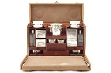 louis-vuitton-MALLE_TEA_trunk