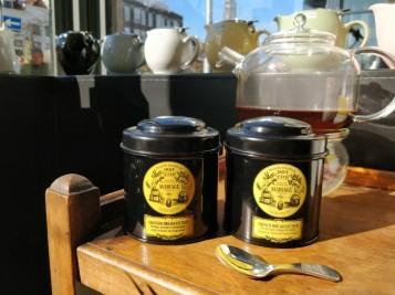 blikken thee French & Shanghai Breakfast