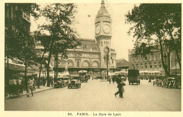 Old Photos of Paris-Gare de Lyon, 1900s (1).jpeg