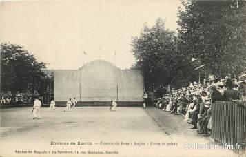 zoom_cpa-france-64-env-de-biarritz-fronton-du-brun-a-anglet-partie-de-pelote-basque